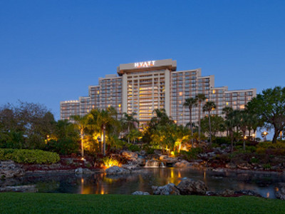 Hyatt Regency Grand Lakes at Dusk 300x200